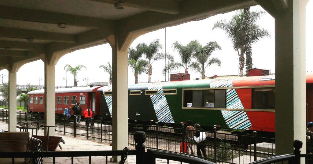 Cómo me animé a viajar en el tren Lima a Huancayo: tren antes de partir