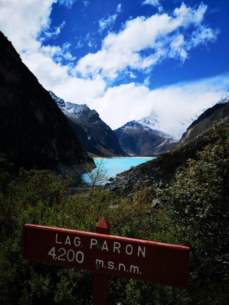 Vista de la laguna Parón