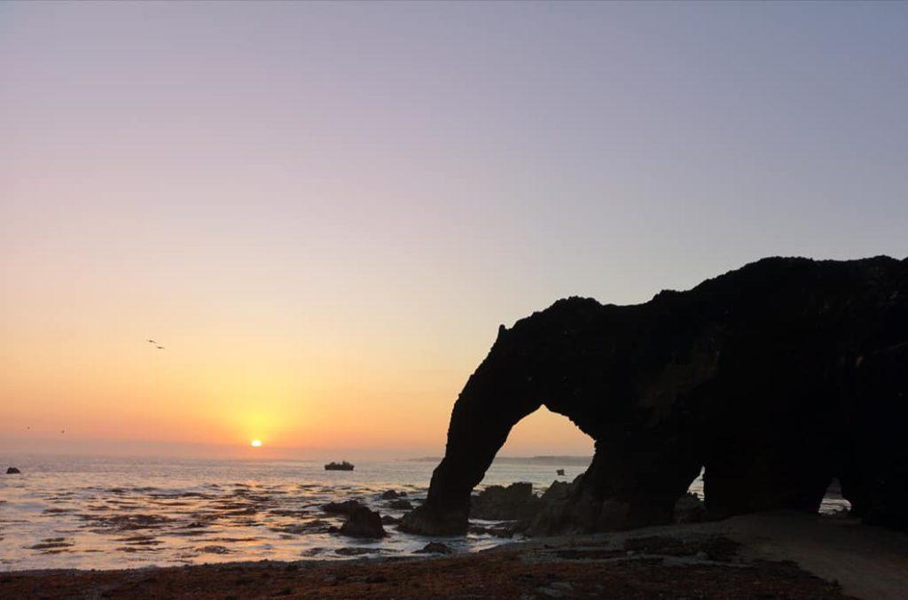 Atardecer en la playa trompa de elefante