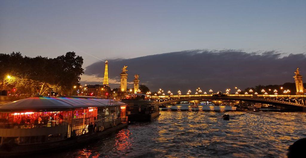Qué hacer en París día 2: Crucero por el río Sena