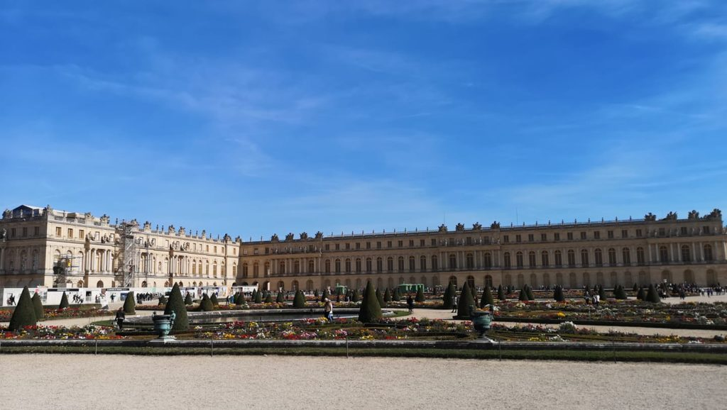 Vista del palacio desde los jardines