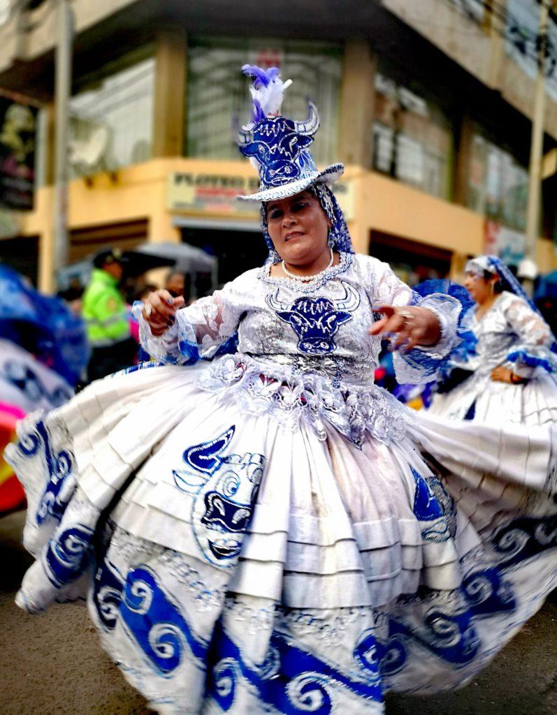 Fiesta de la Candelaria: waca waca en la parada de la veneración