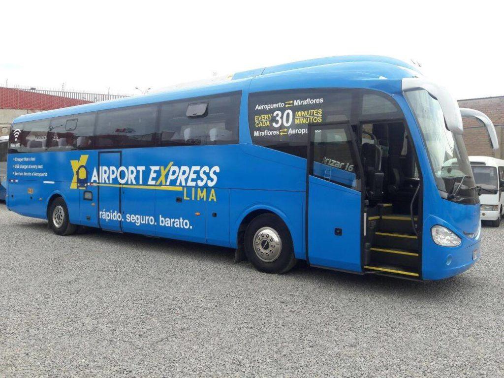 Cómo trasladarse desde el aeropuerto de Lima: vehículo de Airport Express Lima