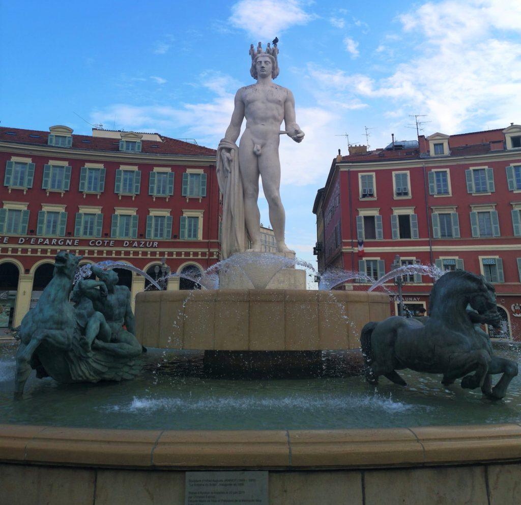 Qué hacer en Niza en 2 días: plaza Masséna