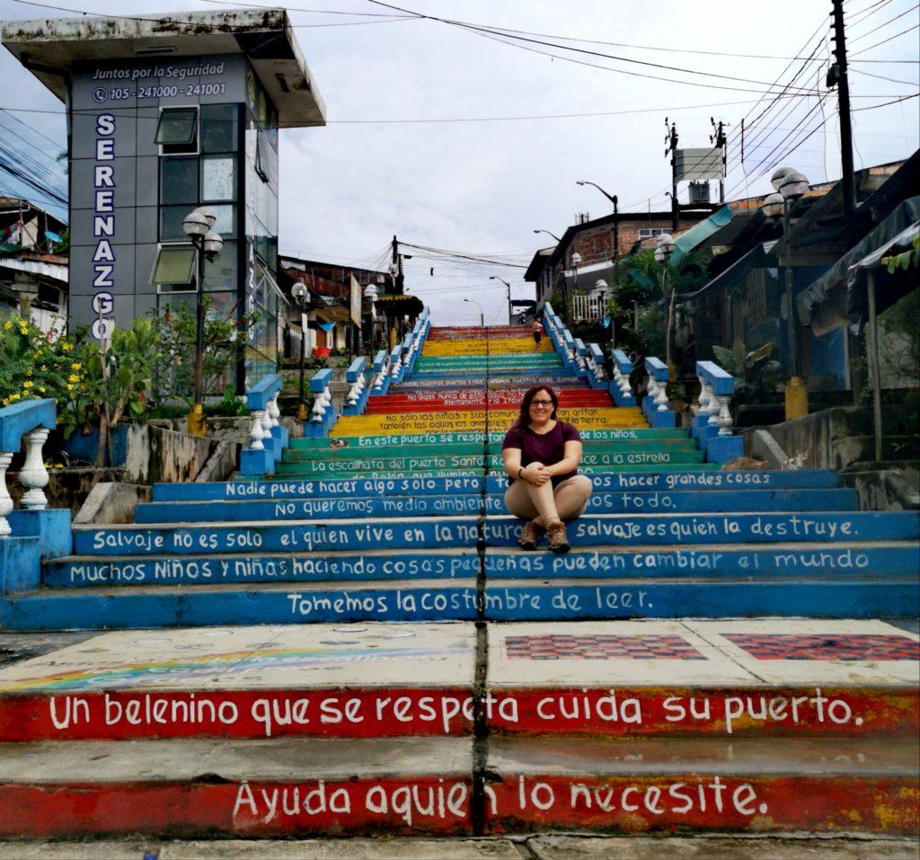 Turismo en Iquitos: escaleras en el distrito de Belén