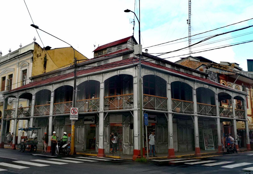 Conoce los lugares turísticos de Iquitos: casa de fierro